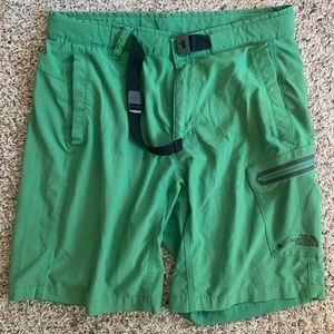 The North Face Belted Shorts sz. 32
